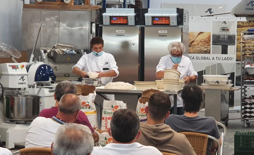 Salamanca e Burgos com pão e conhecimento à mistura