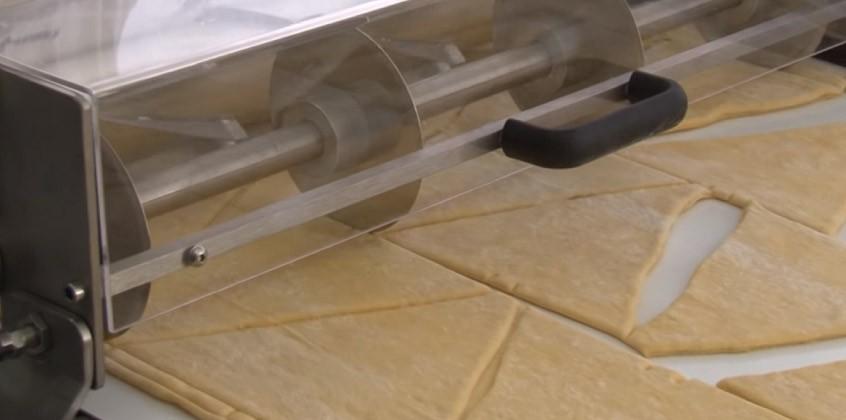 Vidéo: Tables de découpe – MCV (croissants)