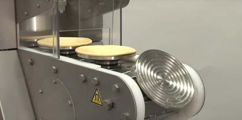 Vidéo: Fonceuse à tartes – pâtisseries à la viande